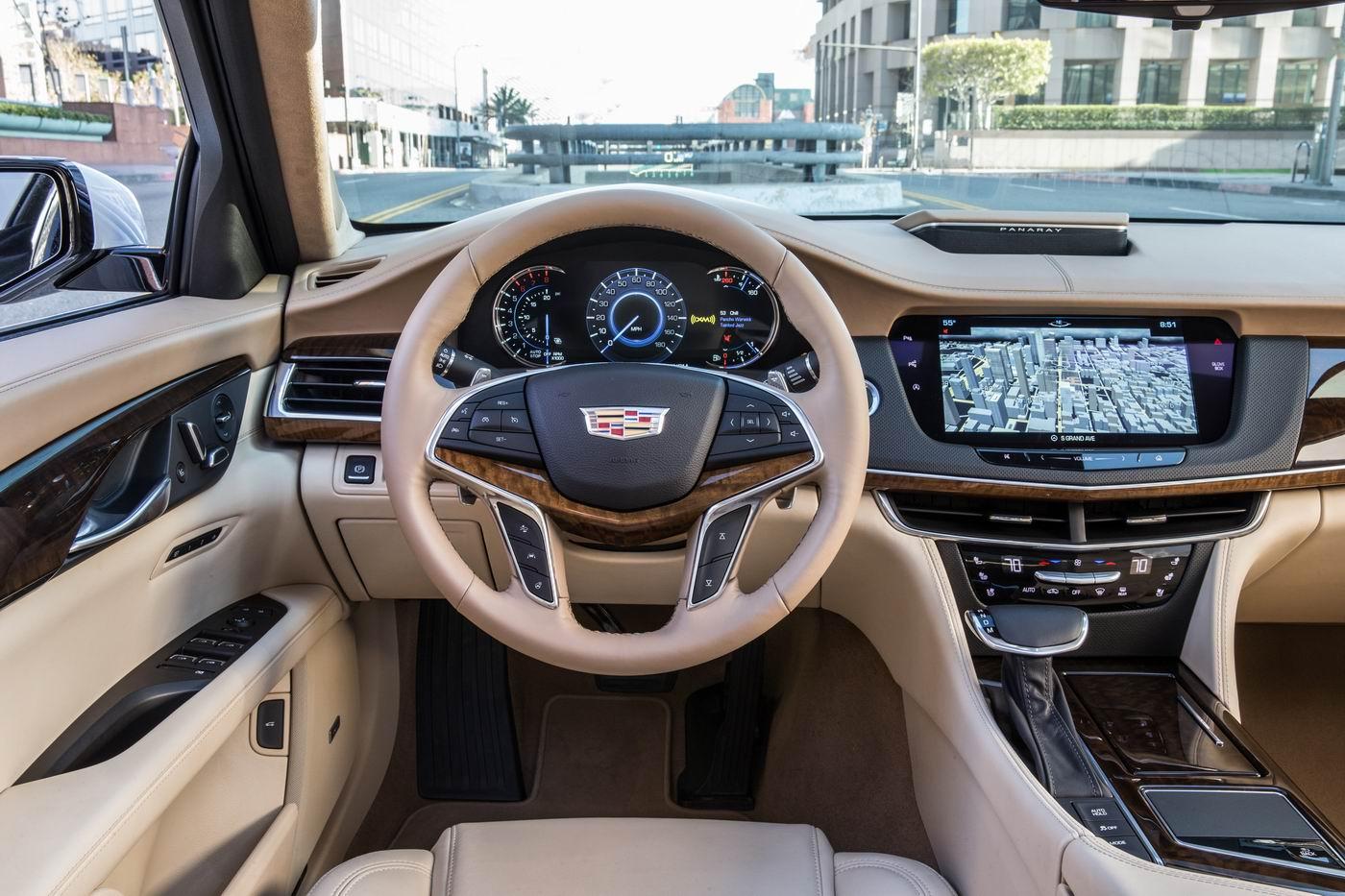 2017 Cadillac CT6 MotorShow Test Drive