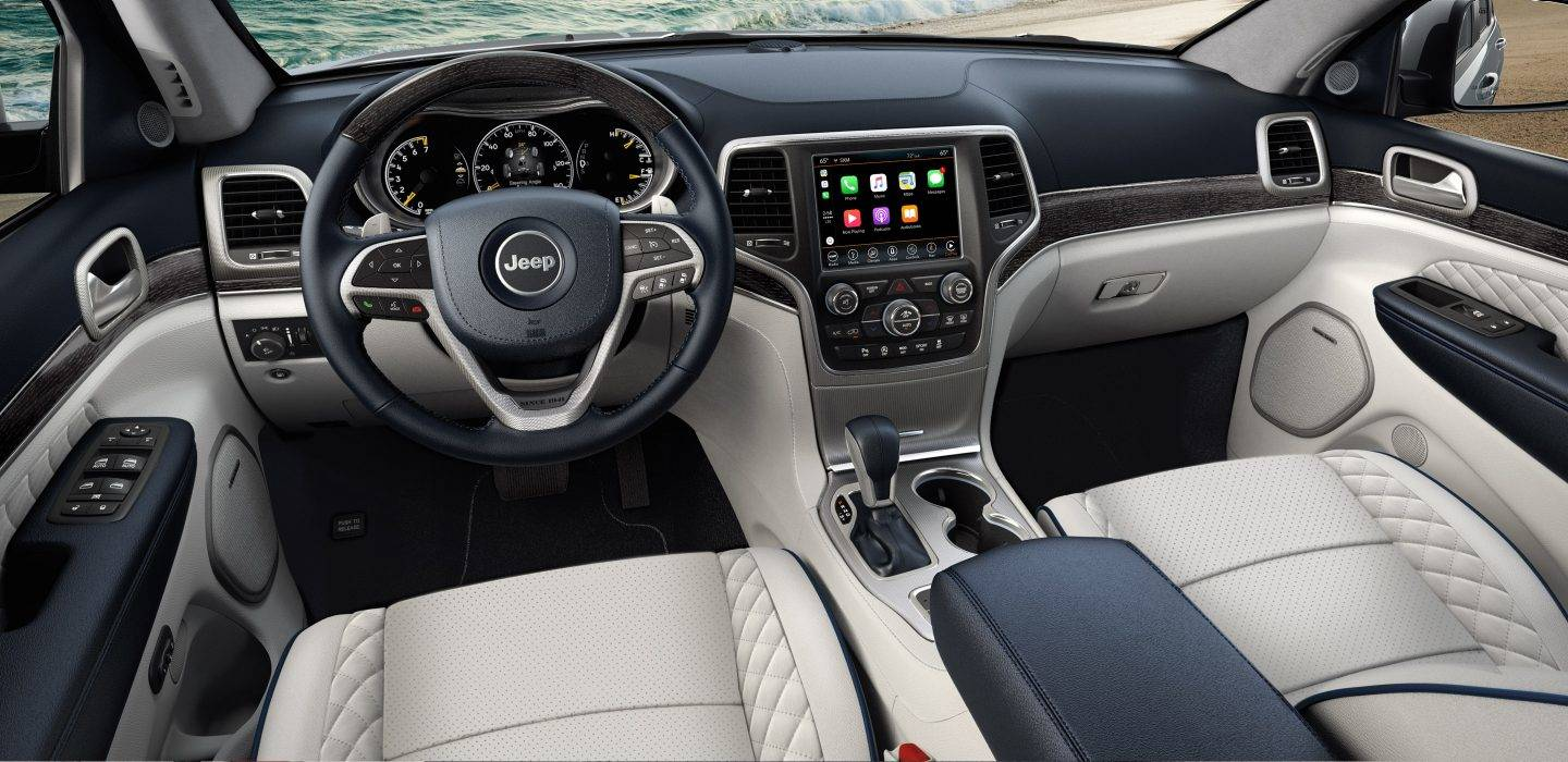 2018 jeep grand cherokee the most awarded suv ever. Black Bedroom Furniture Sets. Home Design Ideas