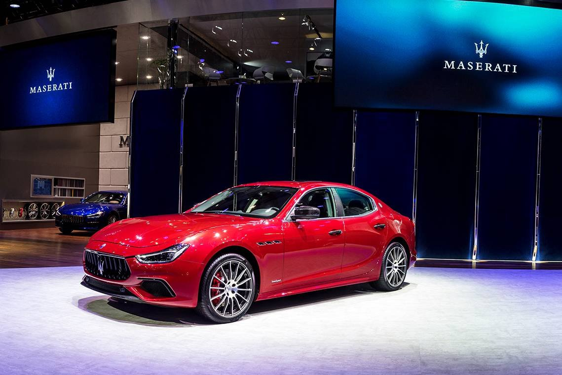 2018 maserati ghibli s q4 gransport ultimately refined with significant high tech contents. Black Bedroom Furniture Sets. Home Design Ideas