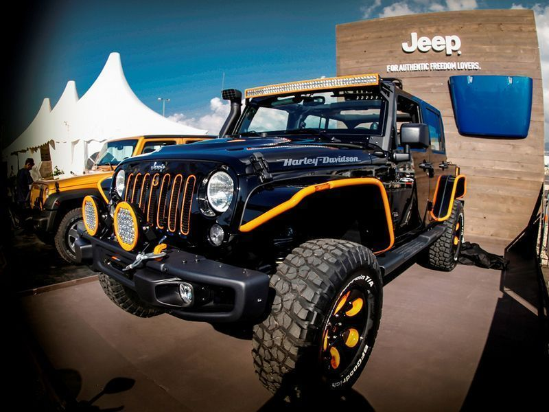 Jeep Wrangler Harley Davidson Edition 2015 together with New Tucson 2018 Jeep Wrangler JK Unlimited Rubicon Recon 1C4HJWFG5JL882578 likewise jeep co additionally Coupes Hawks besides Rather Dashing Jeep Teases 2018 Wrangler Jls Interior. on jeep wrangler car parts