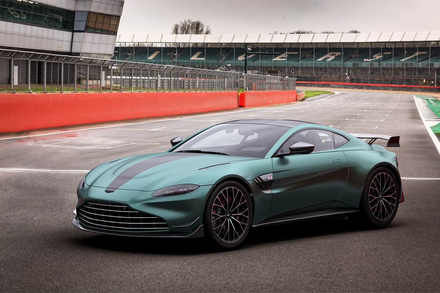 Introducing The 2022 Aston Martin Vantage F1 Edition