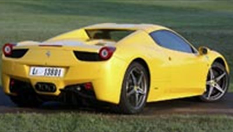 2012 Ferrari 458 Spider tested by MotorShow