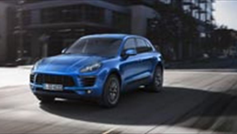 2014 Macan S and Macan Turbo