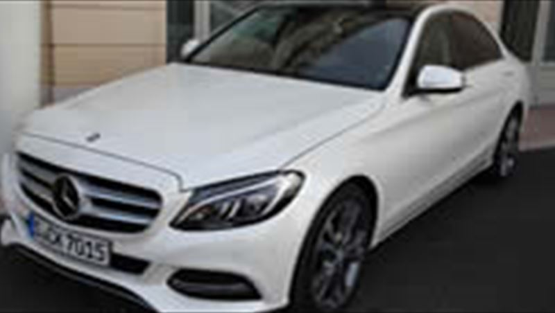 2014 C-Class tested by MotorShow