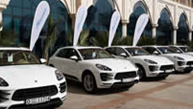 2014 Macan S and Macan Turbo tested by MotorShow