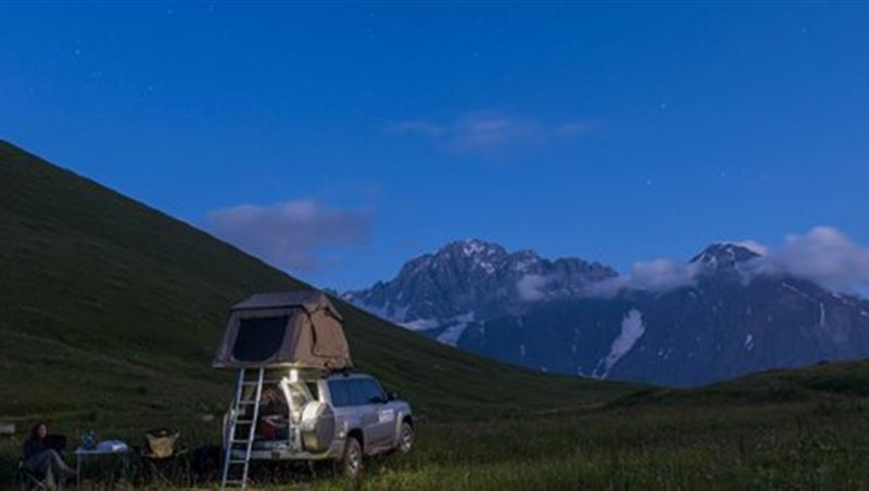 2015 Nissan Supports Cross-Continent Road Trip