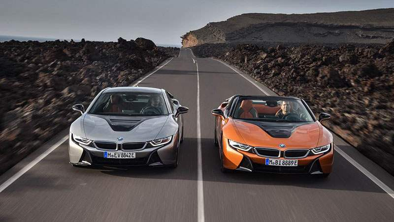 2018 i8 Coupe and Roadster