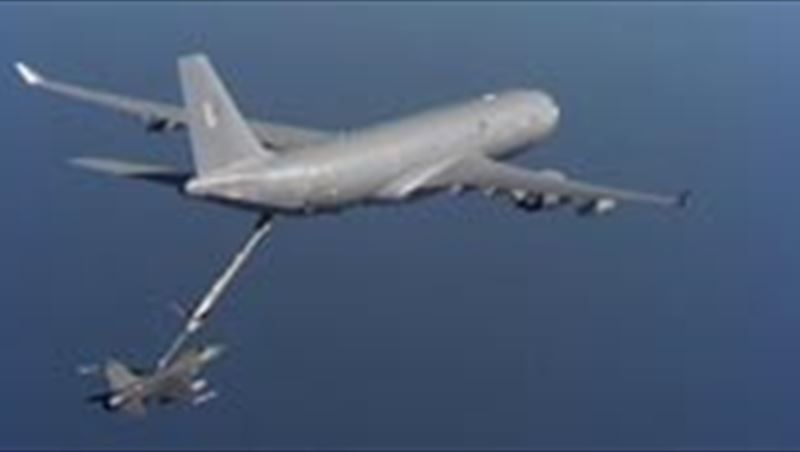 Hose and Drogue air to air refueling