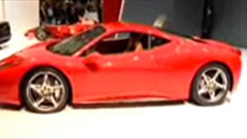 Ferrari 458 Italia 2010 unveil in Frankfurt and first rollout